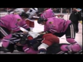 Массовая драка на хоккее